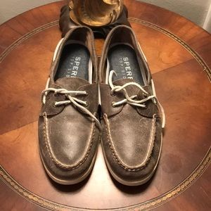 sz 11 Men's Sperry Topsiders Distressed brown